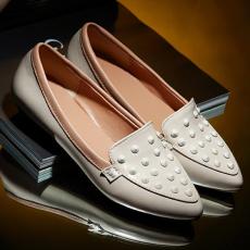 韩版秋季新品单鞋低跟软底通勤女鞋柳钉百搭鞋/ZHD/B-8/P1660