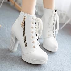 韩版日系新款简约粗跟短靴秋冬新款系带ViV女靴/XYJ/A3-2/P6545