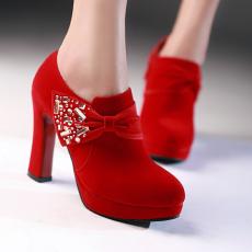 韩版秋冬新款婚鞋大红水钻女鞋深口单鞋超高跟鞋/T/T318/P1670