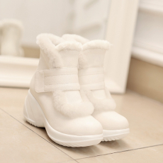 韩版甜美百搭冬季保暖女靴高跟雪地靴甜美毛毛靴/XYJ/631/P6698