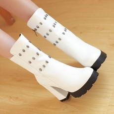 韩版冬季防寒短靴粗跟潮流金属骷髅头女靴/SJL/H-2/P6655