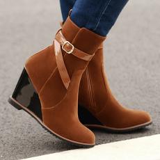 韩版冬季显瘦短靴坡跟女靴甜美皮带扣纯色单靴/JQL/W2/P6617