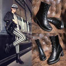 欧美潮流真皮柳钉马丁靴中跟牛皮短靴帅气女靴/GD/8178/Z6639